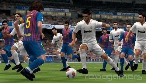 Análisis Pro Evolution Soccer 2012 3D